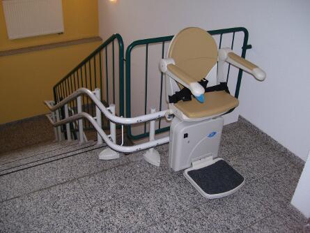 Treppe bleibt frei mit Treppenlift in Chemnitz