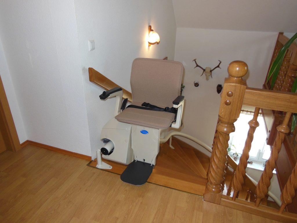 Comfort Treppenlift mit Einhornsystem